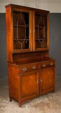 Sheraton style mahogany bookcase cabinet, top section has leaded glas. Lot 338