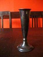 elegante kleine Vase Rosenvase Kerzenständer ausgefallene Form silber versilbert