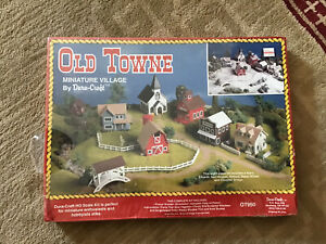 """Dura-Craft """"Old Towne"""" Wooden Miniature Village Model Kit New Sealed"""