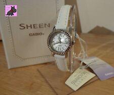 Casio SHE-4036L -7 AUDR donna Sheen Cinturino Bianco con elementi Swarovski prezzo consigliato: £ 85
