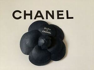 Authentic Chanel Camellia Paper Brooch Badge Accessory 2021 Brand New VIP