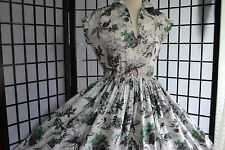 Original Vintage 1950's Dress Size 12/14 - 50s / 60s - Full Circle Dress - Green