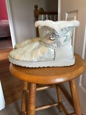 Ugg Boots Size 8, Pale Gray Eva W/ Swarovski Crystal Bailey Button. Rare Find.