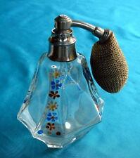 Vapo en cristal de Sèvres à motif floral