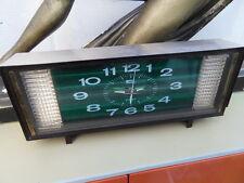 Ancien réveil pendule Vintage clock des années 70's Fashion 2 jewels a sonnerie