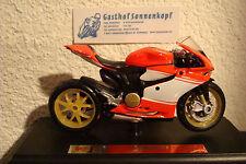 Ducati 1199 Panigale SUPERLEGGERA 2014  1:18 Maisto
