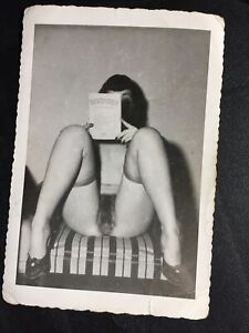 Vtg Original 50's Bettie Page Snapshot Risque Nylons Book Home Kodak Velox Photo
