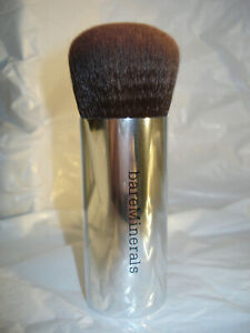 New bareMinerals Seamless Buffing Foundation Brush for Makeup SEALED