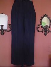 Misses Madison Studio Size 12 Navy/Gold Stripe Pleated Cropped Pants EUC