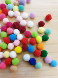 50 x Bunte Pompons ♥ zum Basteln Puppe Hobby Handwerk Bommel Kugel Ø 10mm