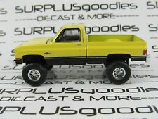 Greenlight 1:64 LOOSE Lifted 1987 GMC HIGH SIERRA Squarebody Pickup w/Tow Hitch