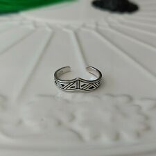 Chevron Triangular Toe Ring Solid 925 Sterling Silver Open