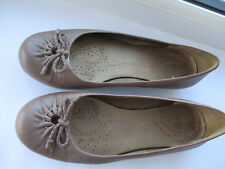 Ladies CLARKS Active Air low wedge taupe ballet style shoes U.K. 4.5 (Eu 37.5)