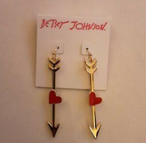 Betsey Johnson Red Hot Arrow & Enamel Heart Earrings Gold-Tone & Red NWT