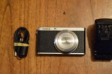 FUJIFILM XF1 appareil photo numérique noir 12 MPX, très bon état