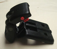 geo chevy tracker suzuki sidekick vitara soft top latch clip '89-'03 (qty 1)