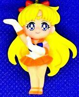 Sailor Moon Gashapon  keychain Minifigure Sailor Venus Bandai  japan