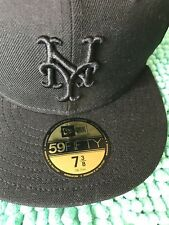 New York Mets New Era Primary Logo Basic Fitted Flat Cap  (Size 7 3/8 or 58.7cm)