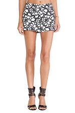 NWT DIANE von FURSTENBERG 10 designer lace shorts black white embroidered napoli