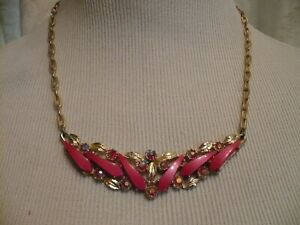 VINTAGE PINK LUCITE NECKLACE with AURORA BOREALIS CRYSTALS - EX COND