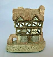 David Winter Cottage - 1980 Made in England Collectible - Wine Merchant