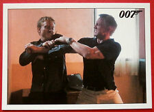 JAMES BOND - Quantum of Solace - Card #014 - Bond Kills Mr Slate