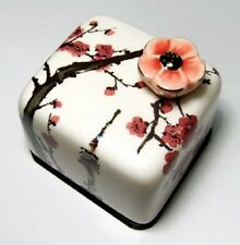N SEOUL TOWER Ume Flower Korea Orgel Music Box Paperweight Hand Craft Figure