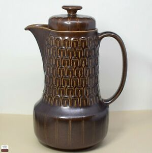 WEDGWOOD PENNINE COFFEE POT - England - great condition.
