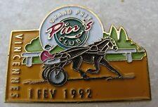 Pin's Grand Prix de Vincennes PMU Jockey cheval 1992
