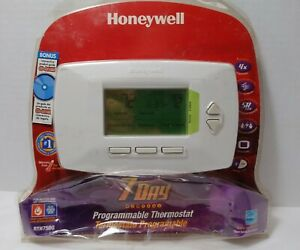 Honeywell RTH7500D Thermostat - New; Distressed Packaging