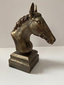 Horses head sculpture ornament
