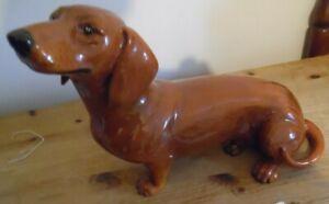 John Beswick standing brown Dachshund sausage dog ornament 34cm long 14 high