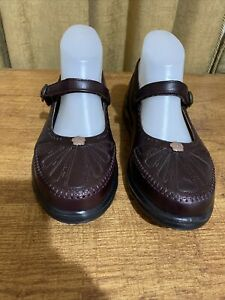 Women's Leather Shoes By Homy Ped, New, Size 37 W, Wide Fit, Inner Sole 24.5 cm
