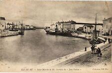 """CPA  Ile de Ré - Saint-Martin de Ré l'arrive du """"Jean Guiton""""     (183800)"""
