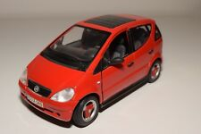 X 1:18 MAISTO MERCEDES-BENZ A-CLASS A-KLASSE A140 RED NEAR MINT CONDITION
