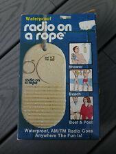 VTG 1984 SUNHILL NAUTICAL WATERPROOF SHOWER BATHROOM BEACH AM/FM RADIO ON A ROPE