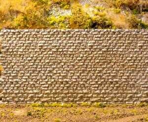 HO/N Scales Cut Stone Interconnecting Wall., NIBP by Chooch, Item CCH-8310