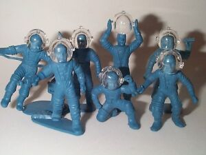 MARX 1950s TOM CORBETT 10 SPACE HELMETS CRYSTAL CLEAR REAL HARD PLASTIC ONLY !