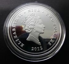 Elizabeth Ii Niue - Two Dollars Golden Fish Finished With Silver Coin