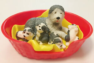Vintage Puppy In My Pocket Family - #75 Kelly Sheepdog, 4 Puppies, Basket 1994