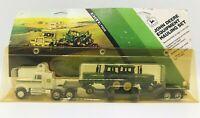 2 John Deere jd 4440 Tractors & Semi Truck Equipment Hauling Set 1:64 Ertl