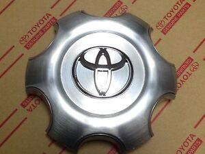 NEW Toyota 4Runner Sport Prado 120 Wheel center cap 2003-2009