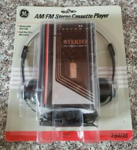 New General Electric GE   3-5472S   AM-FM Stereo Cassette Player