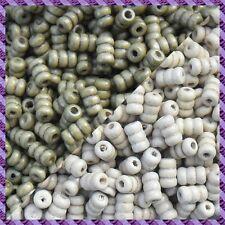100 Perles Bois Tube 2 coloris Kaki / Ecru
