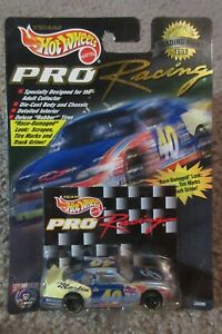 Hot Wheels Pro Racing 1998 Trading Paint Sterling Marlin #40