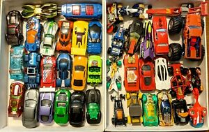 CHOOSE: Hot Wheels Cars/Trucks+ 1:64 Scale * Combine Shipping!