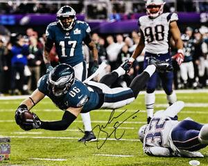 Zach Ertz Signed Philadelphia Eagles 16x20 Super Bowl Dive Photo JSA ITP
