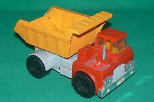 T.N made in JAPAN ancien camion benne en tôle à piles avec benne basculante
