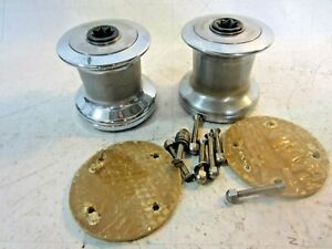 BARIENT 10 WINCHES FOR SALE (1 PAIR) W/ BACKING PLATES AND FASTENERS!