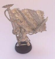 Warhammer 40k Metal Cadian Flagbearer Unpainted